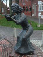 01_Bronzestatue